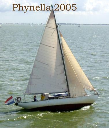 phynella-2005-photo-01